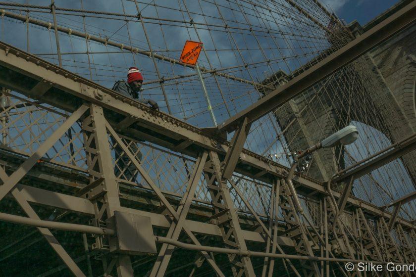 Brooklyn Bridge construction worker